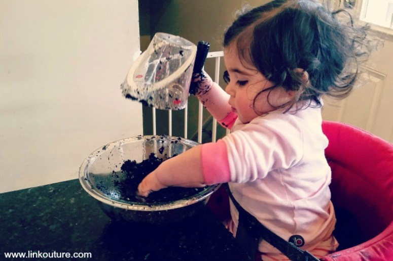 """How a toddler does indoor """"gardening"""""""