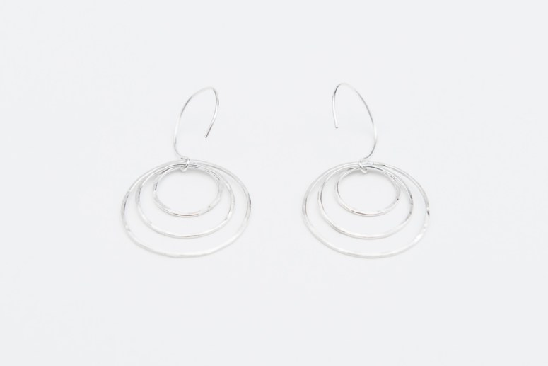 Linkouture sterling silver hammered earrings