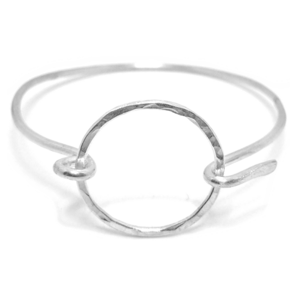 HAMMERED CIRCLE STERLING SILVER HOOK BANGLE BRACELET