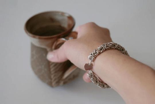 chunky Byzantine bracelet with heart charm