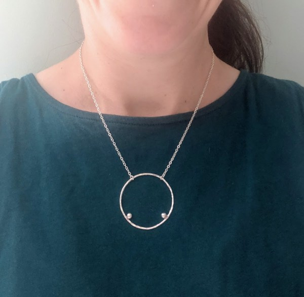 round hammered necklace with balls