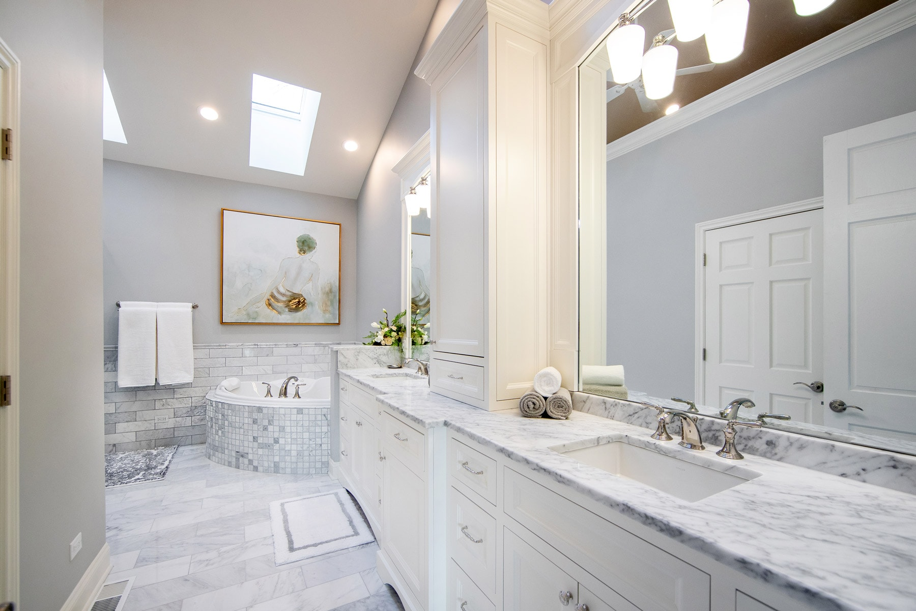 Luxurious Master Bathroom Remodel - Linly Designs on Master Bathroom Remodel Ideas  id=33919