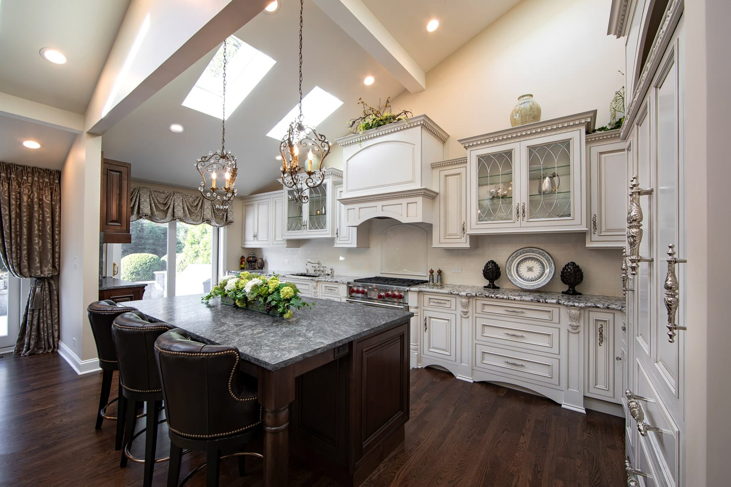 Traditional Kitchen Remodeling and Design Ideas - Linly ... on Kitchen Remodeling Ideas  id=39589