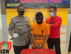 TERTANGKAP TANGAN!!! Polisi Ringkus Kompoltan Pencuri Kabel Telokm Dan Rekannya Masih Dalam Pengejaran