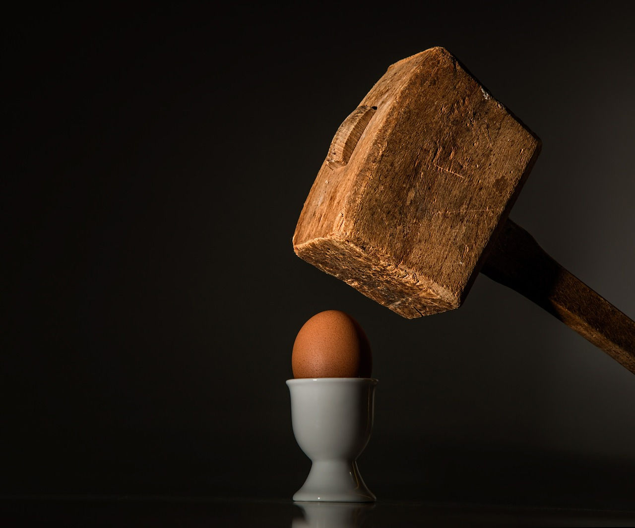 Mallet smshing an egg