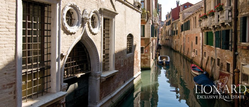 Luxury Property For Sale In Venice Lionard