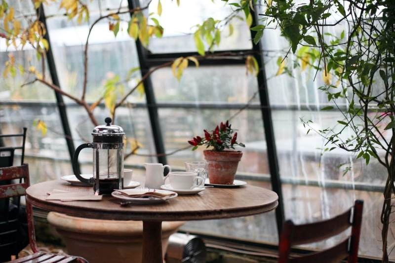 French press cafe