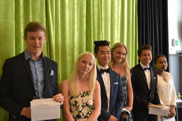 Klass 9A, Cornelia Glans och Petter Hallin, 9B,  Cornelia Fransson och Mohammad Modarres  samt i 9C, Eiman ElMahdi och Jonathan Julkunen.