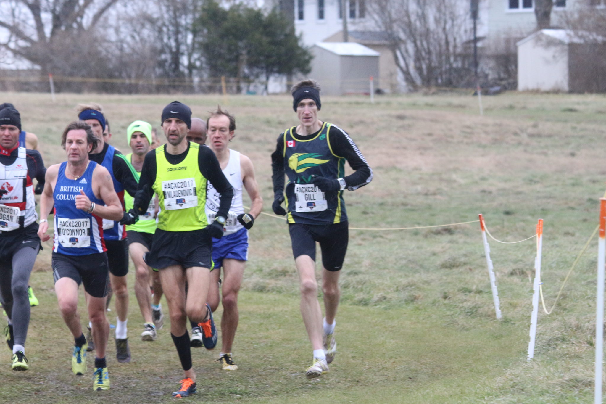 A smaller group at the front in the first 500m of Lap 2.
