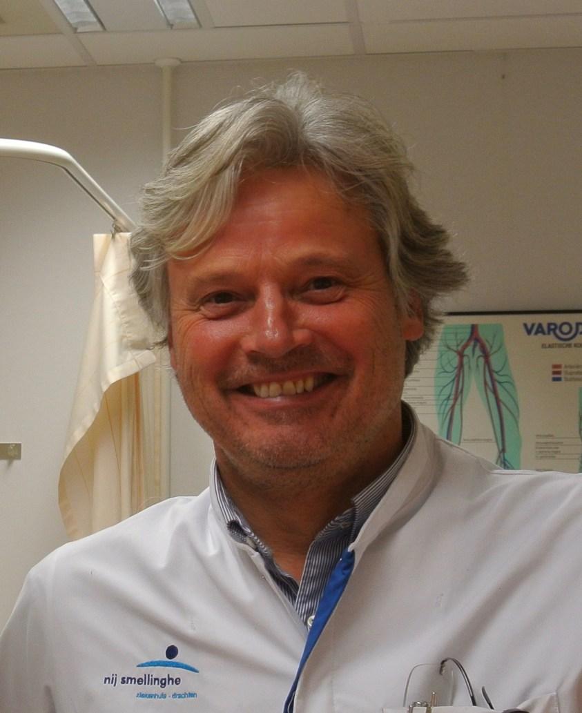 Dr. Robert Damstra