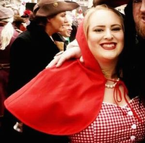 karneval rotkäppchen lipödem mode fasching