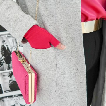lipoedem mode outfit magenta christmas weihnachten medi kompression kompressionsstrumpfhose marlene hose caroline sprott lipoedema lipedema legs armbestrumpfung handschuhe armstrümüfe armstruempfe pink