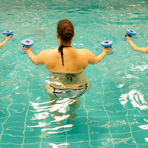 lipedema fashion sport with lipedema Aqua Fitness movement in water 3