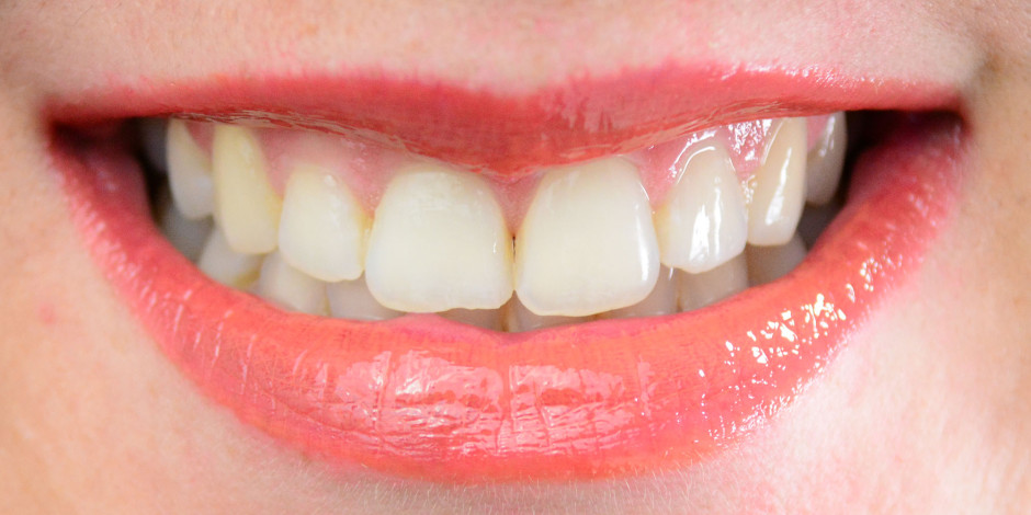 Revlon ColorStay Moisture Stain Lip Swatch 030 Milan Moment