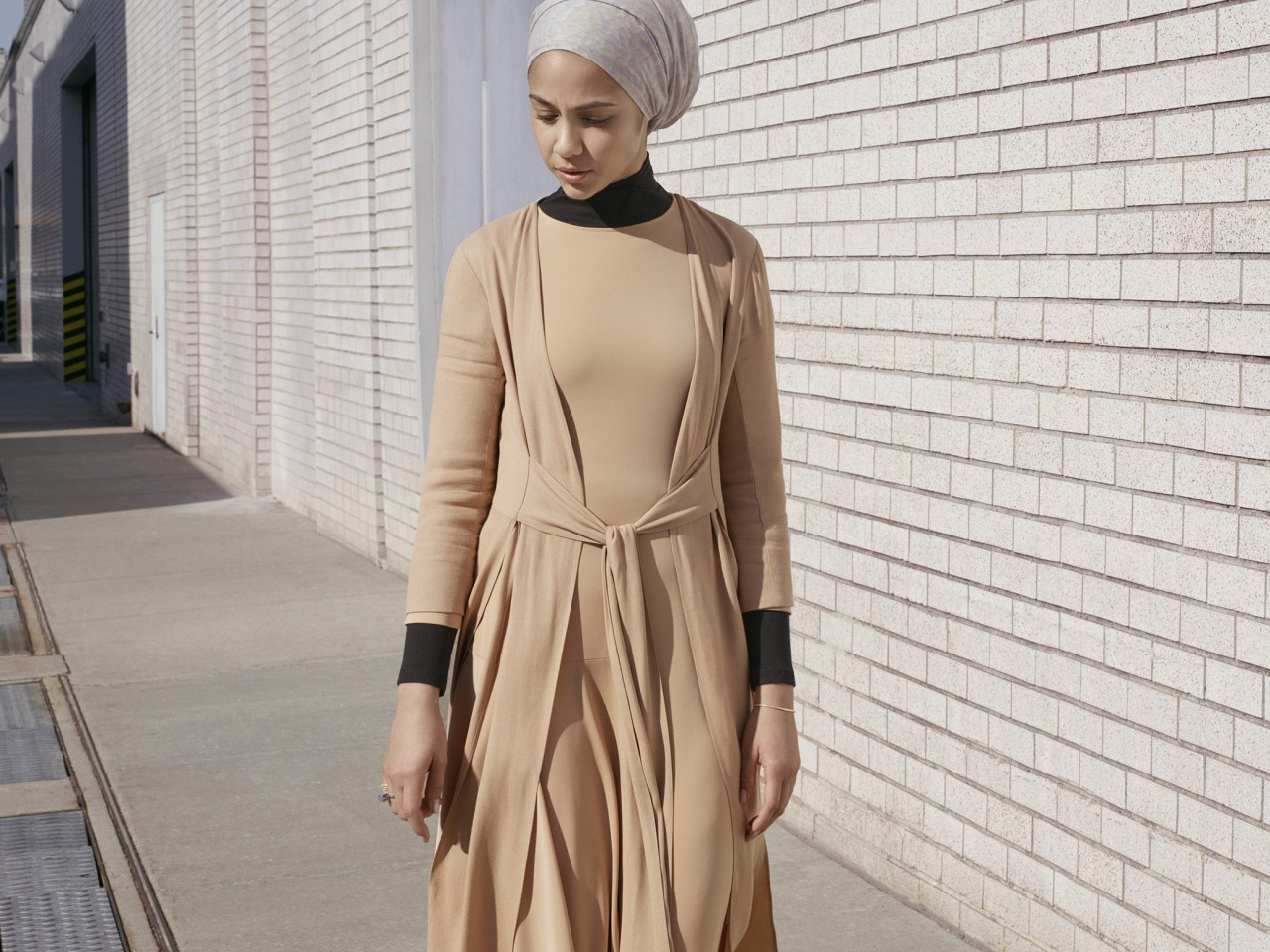 a19c86ed762 The UNIQLO x Hana Tajima 2017 Collection Is Super Versatile   Fluid ...