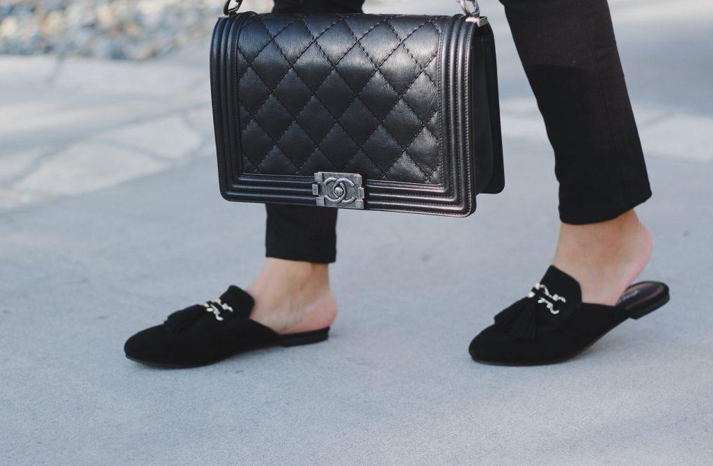 c40c9edcd poshclassymom-shoe-trend-block-heel-mules-gucci-webby-fur-loafer-slippers- gucci-princetown-4-1024×669