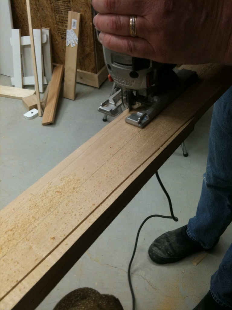 Now we're getting down to it; forming the paddle's shape with a jig saw.
