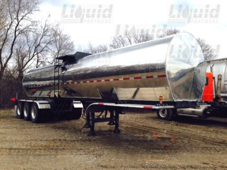 7200-sanitary-tridem-transport-trailer