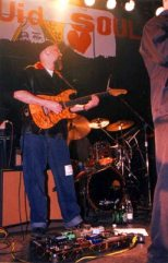 "Tommy Sanchez at the ""Here's the Deal"" CD-release party, Metro, Chicago, Apr. 29, 2000 (Photo by Mike Rosley)."