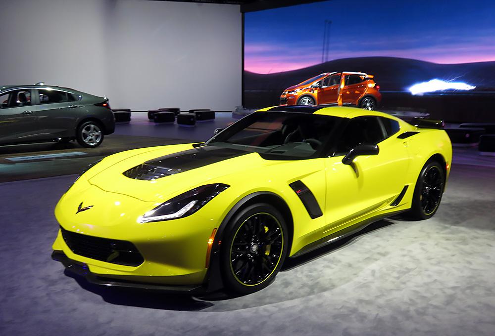 2016 yellow hard-top Chevrolet Corvette