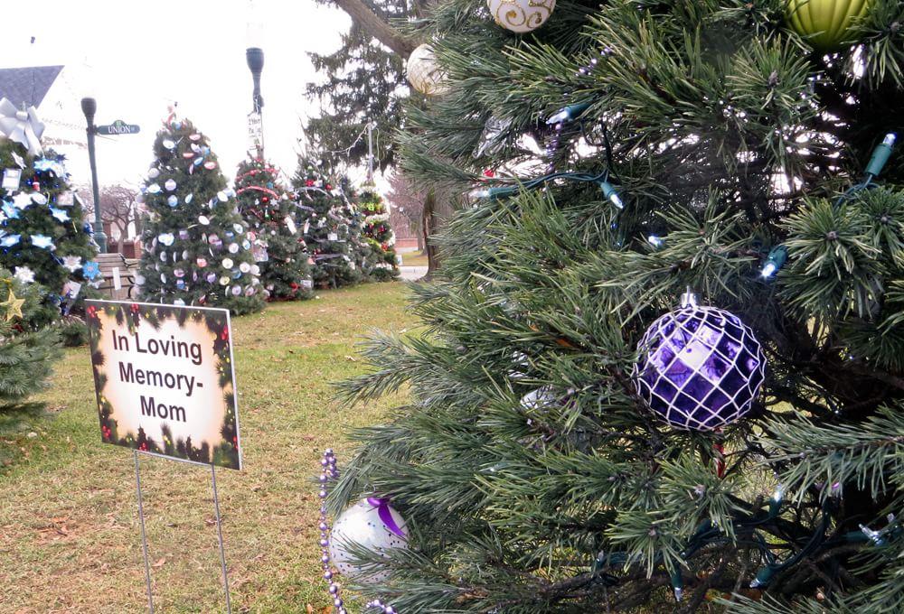 Christmas tree in memory of mom