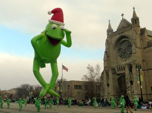 Kermit the Frog parade float
