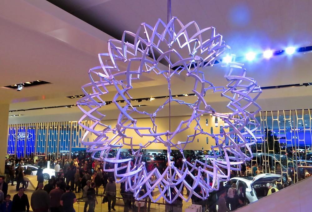 Hoberman sphere expanded