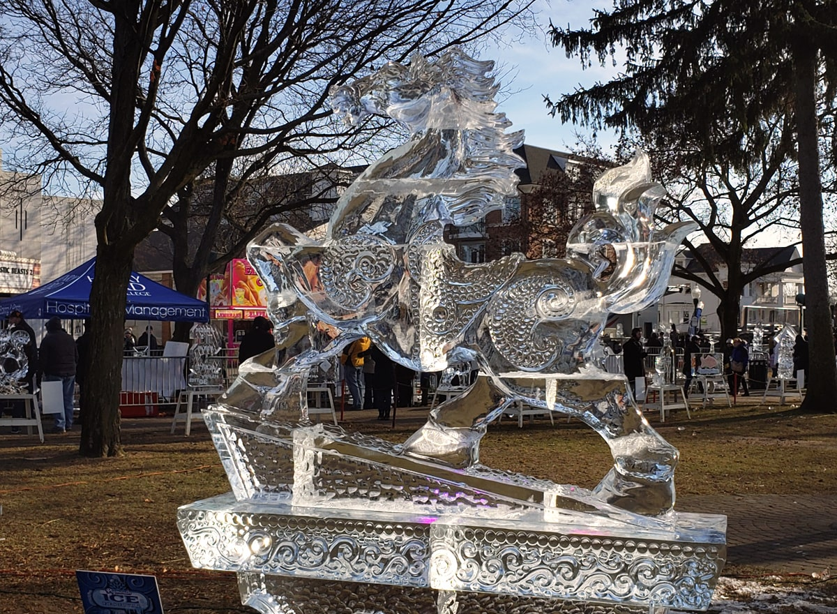 majestic horse ice sculpture in Kellogg Park.
