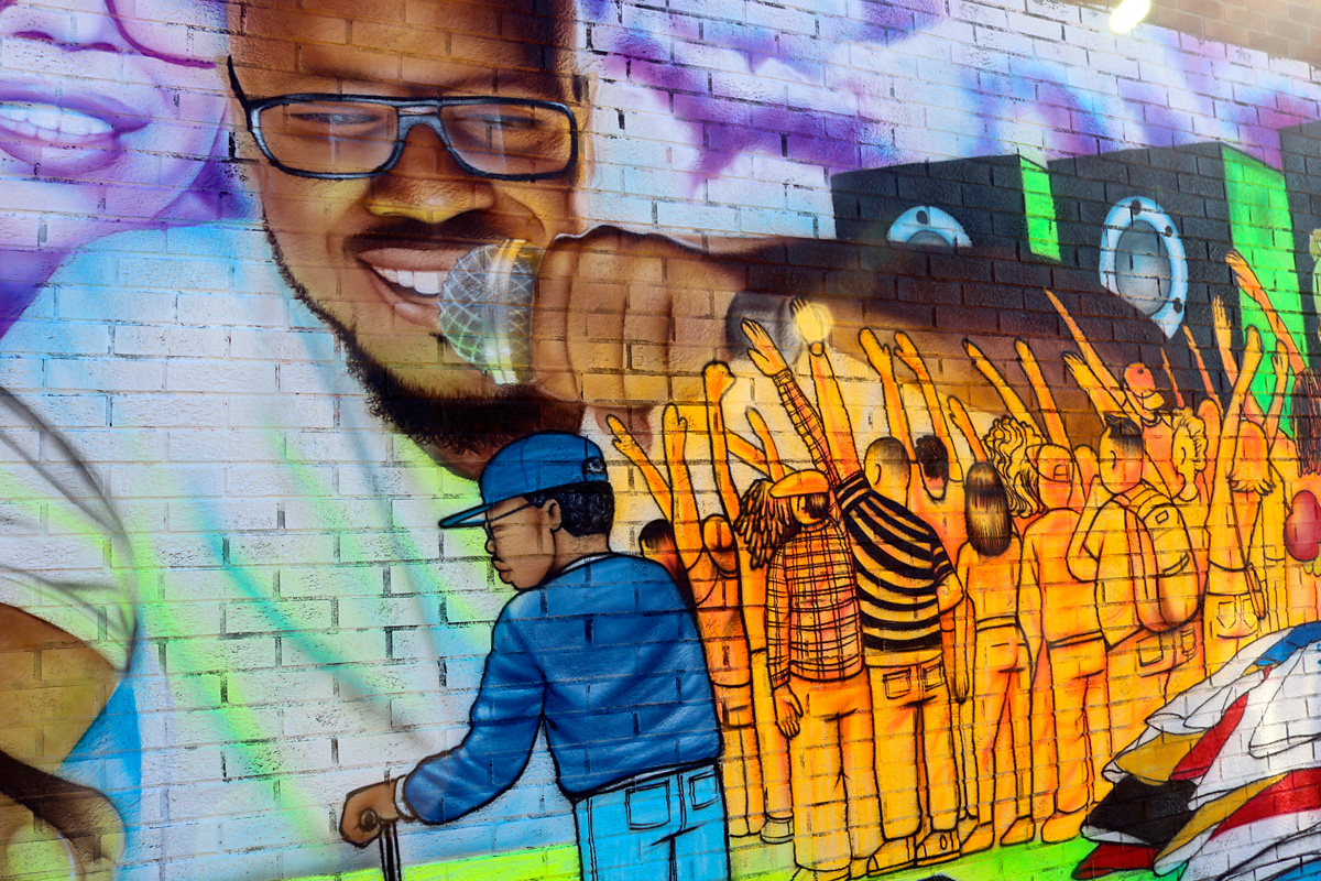 Mural by Clifton Perry, also known as Mr. Cliffnote