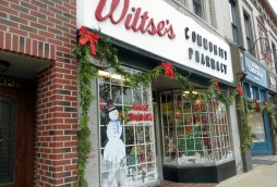 Wiltse's Community Pharmacy decorated store windows