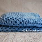 crochet baby blanket-free crochet baby blanket pattern- LisaAuch crochet
