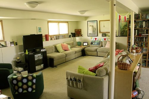 Family Room with handmade and personal touches, from @lclarke522