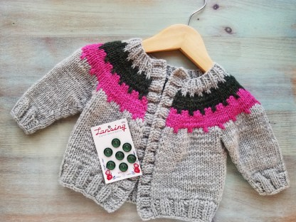 Cogwheel Baby Cardigan Knitting Pattern: Choosing Buttons