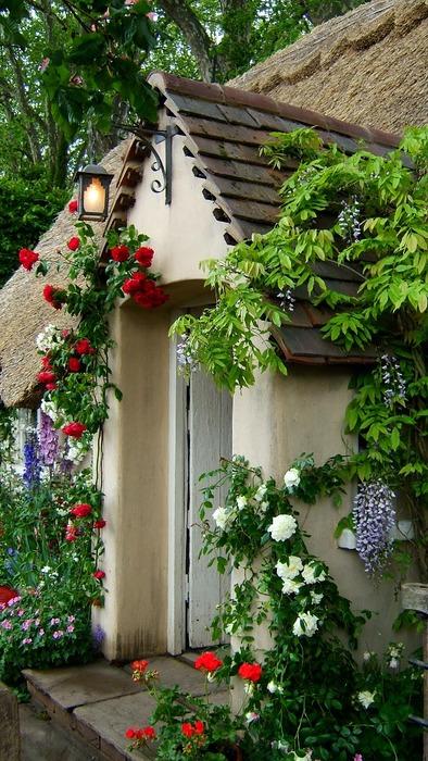 Garden Cottage, Chelsea, England
