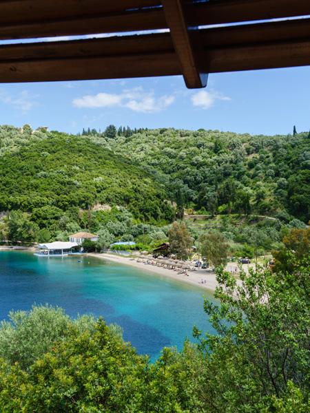 Een strandje op het eiland van Meganisi.