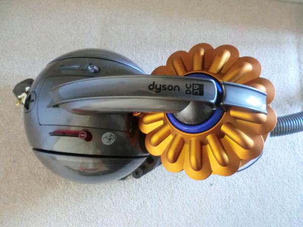 dyson-dc39
