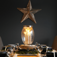 How to create a beautiful Christmas table