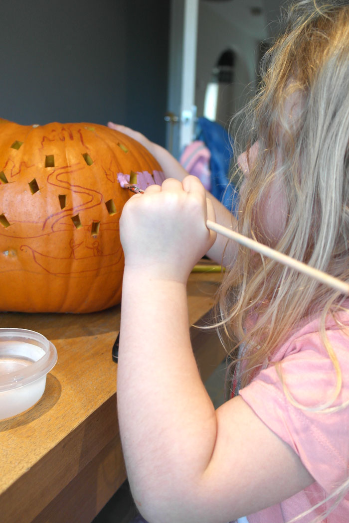 painting-our-pumpkin
