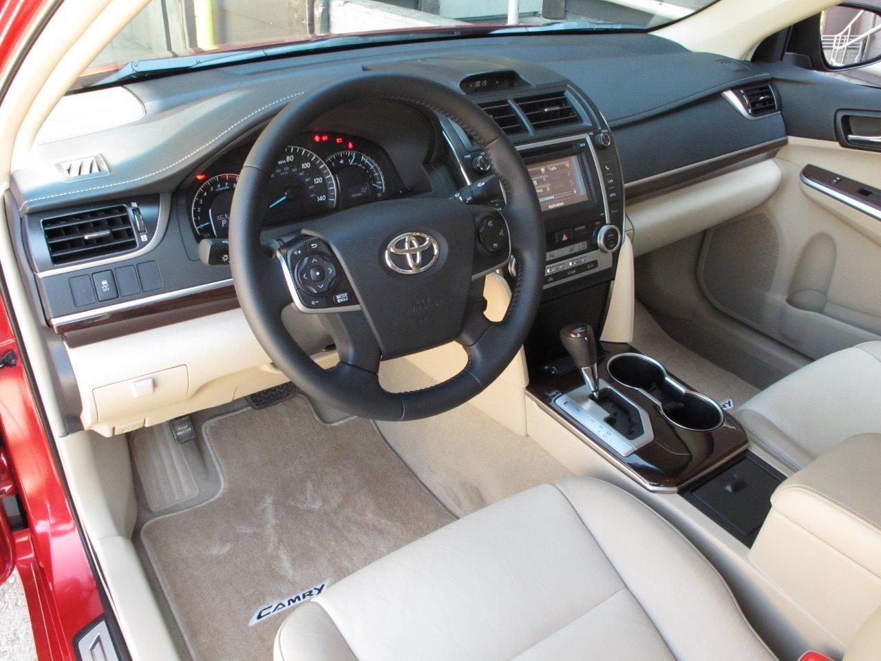 Toyota Camry 2013 Calidad Tamao Rendimiento Y Belleza