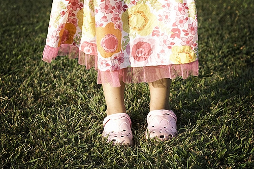 list of steps to inventory your family's spring clothing | ListPlanIt.com