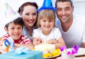 list of steps to delivering a happy birthday to your child | ListPlanIt.com