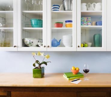 list of ways to declutter your kitchen | ListPlanIt.com