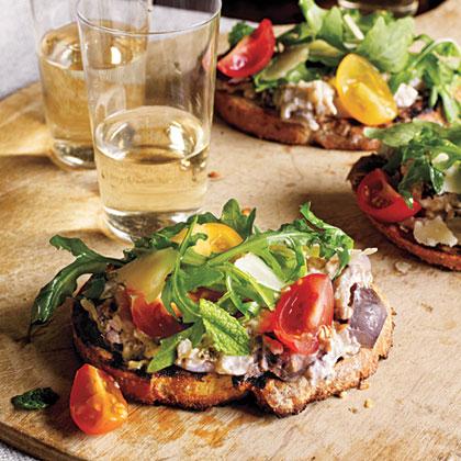 Summer appetizer: Eggplant Crostini | ListPlanIt.com