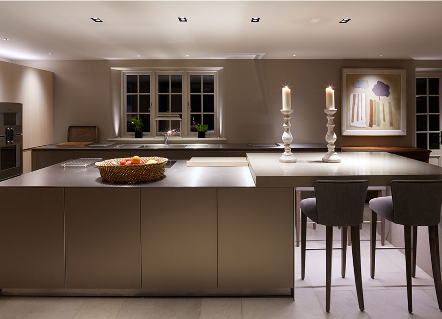 TIPS FOR USING DOWNLIGHTS