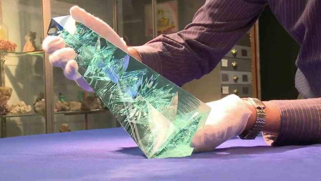 L'aigue-marine Dom Pedro, la plus célèbre du monde, pèse 2 kilos