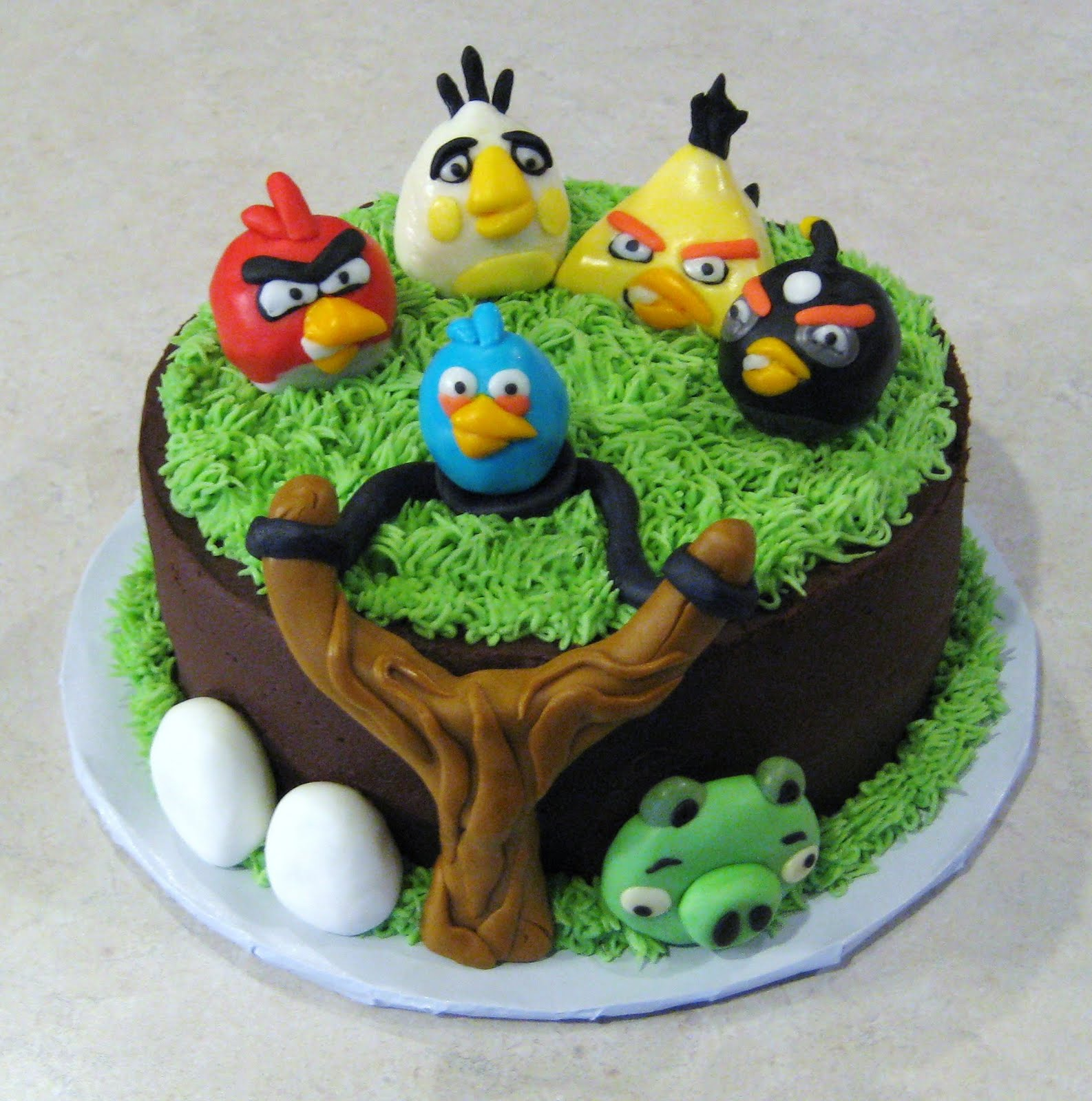 Angry Birds Cakes Decoration Ideas