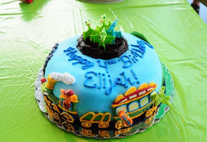 How To Make A Dinosaur Train Birthday Cake