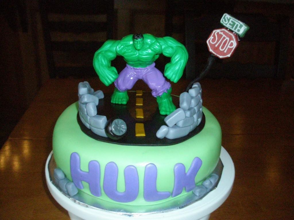 Hulk Cakes Decoration Ideas