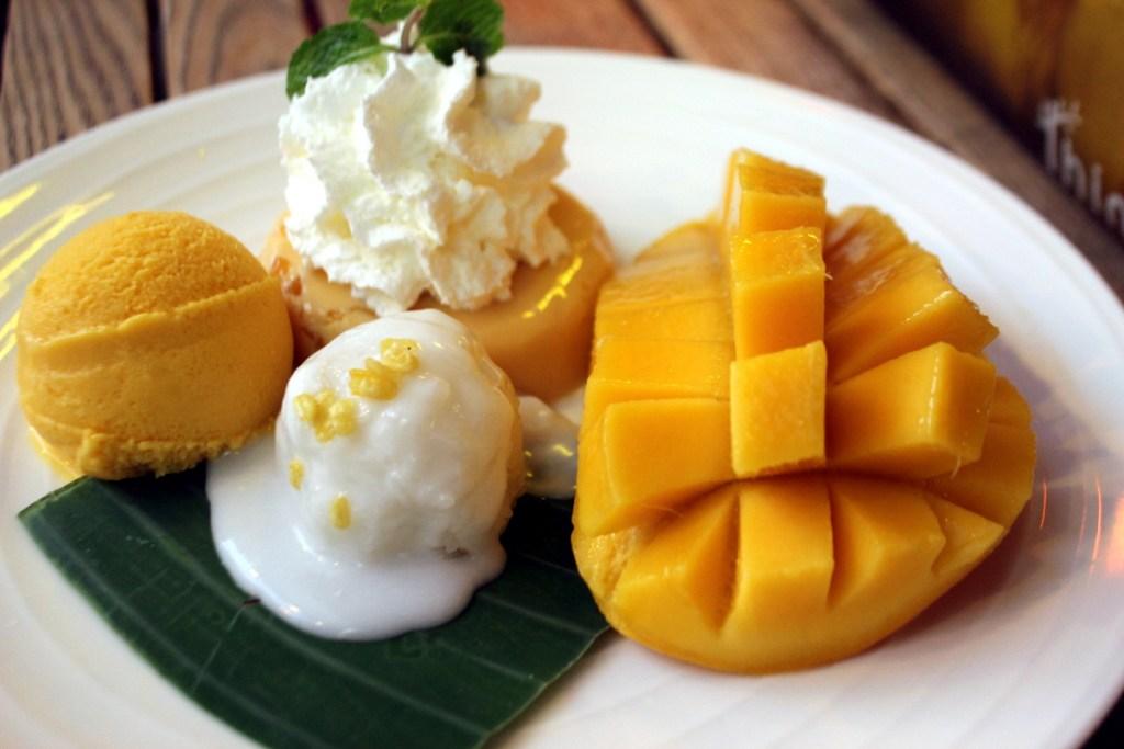 mango_sticky_rice_1