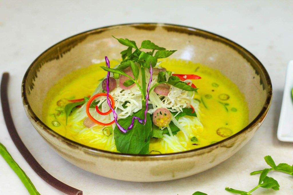 Nom Ban Chok. Fish Curry Noodle